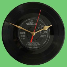 beatles-magical-mystery-tour-vinyl-record-clock-73c972-60s2.jpg