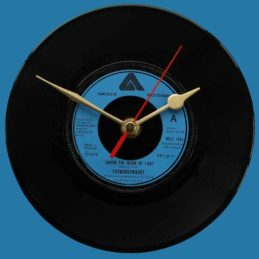 showaddywaddy-under-the-moon-of-love-vinyl-record-clock-2677a6-76.jpg