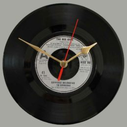 bee-gees-someone-belonging-to-someone-vinyl-clock-a6a79f-80s