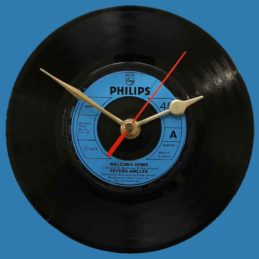 peters-and-lee-welcome-home-vinyl-record-clock-1973