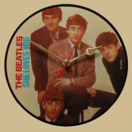 the-beatles-she-loves-you--vinyl-record-clock-63-