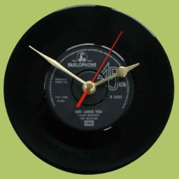 the-beatles-she-loves-you-vinyl-record-clock-1963